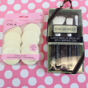 Make Up Brush Set & Cosmetic Rounds